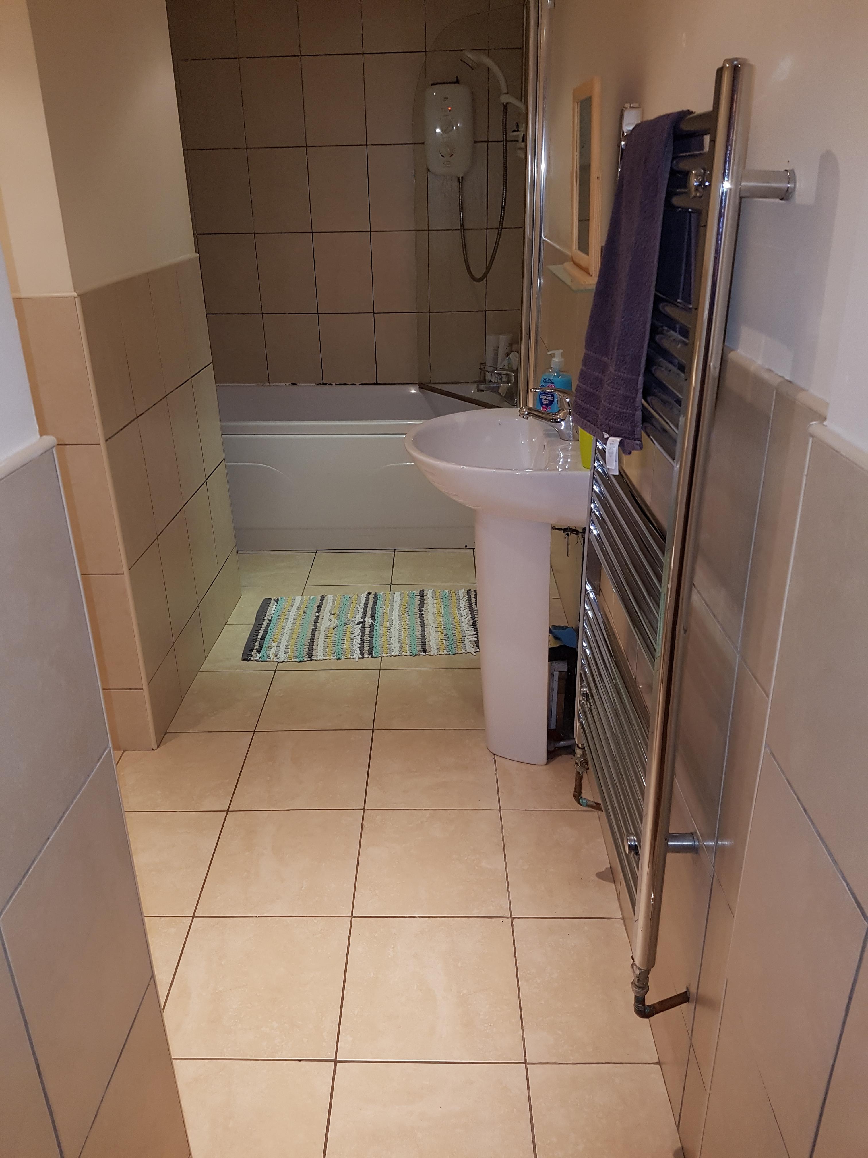 499 flat 4 bathroom