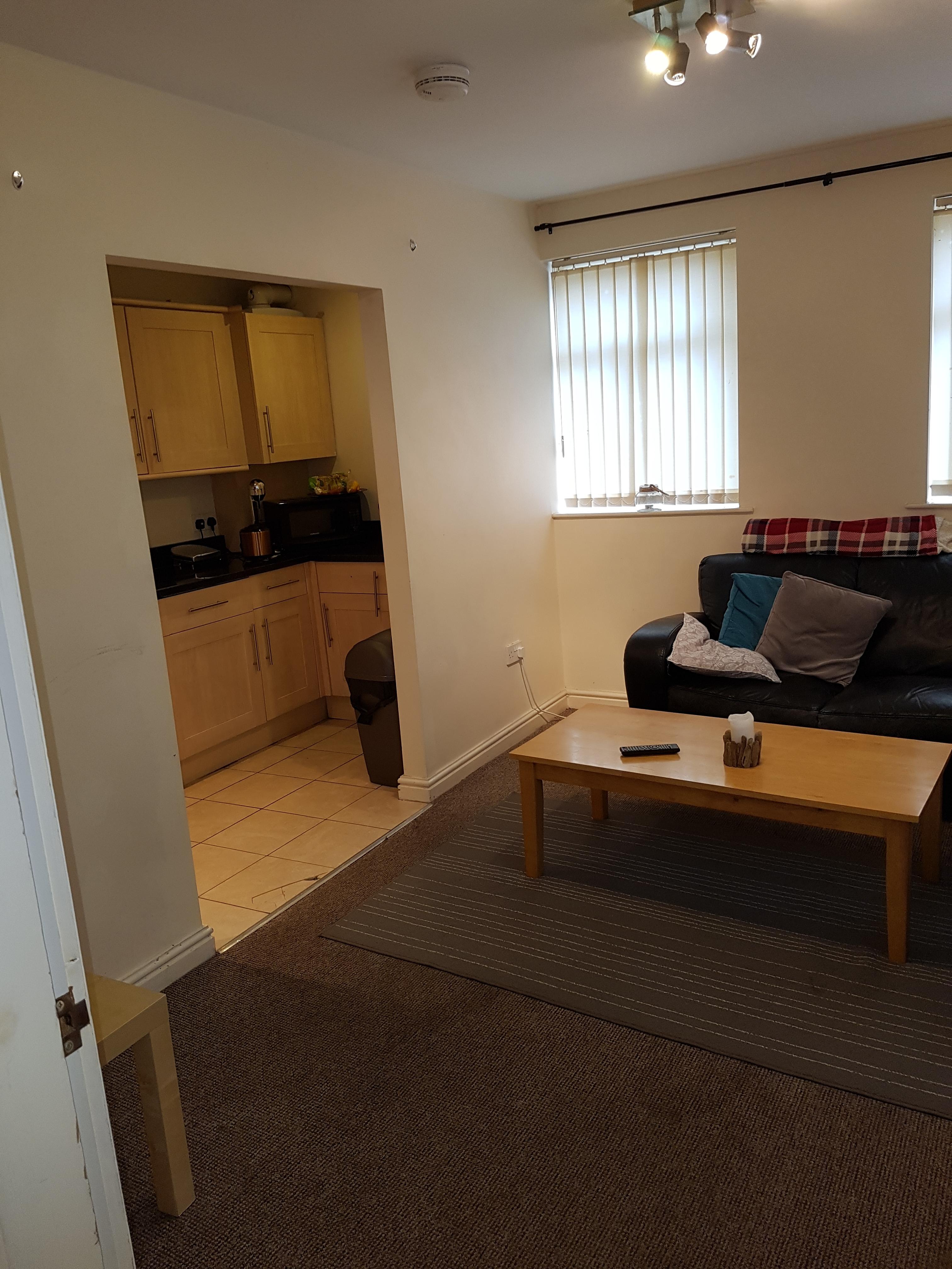 499 flat 4 lounge kitchen