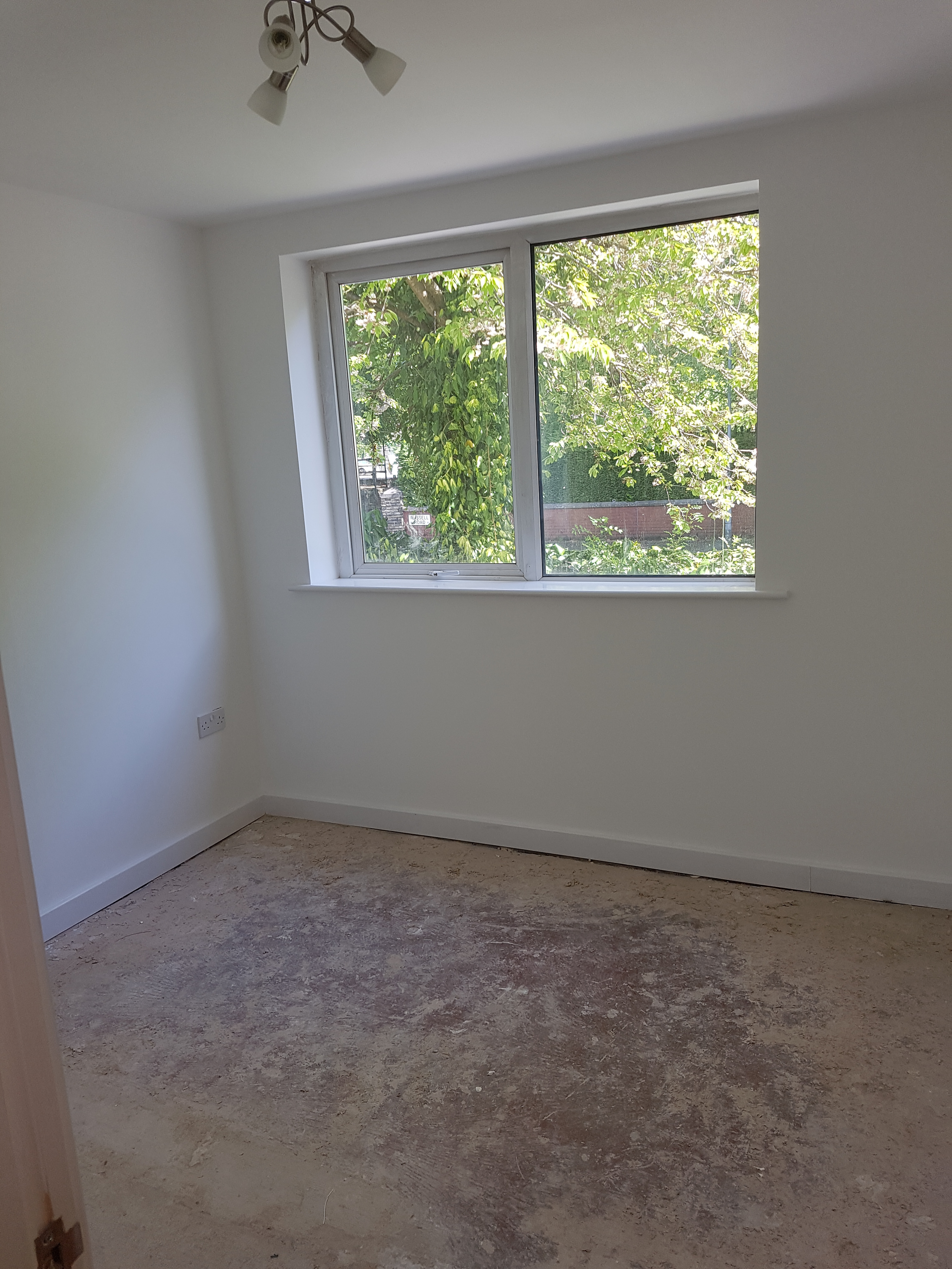 russell house flat 3 bedroom