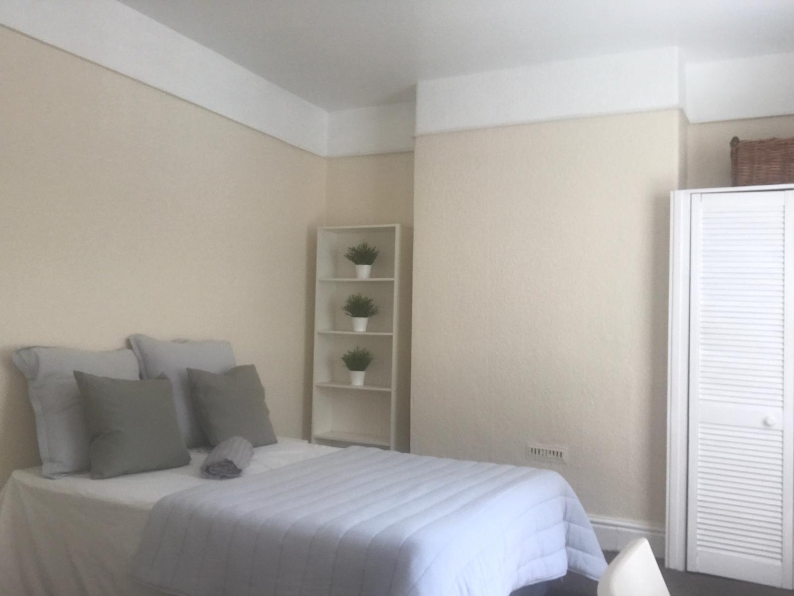 22 landcross front bedroom 2 2019