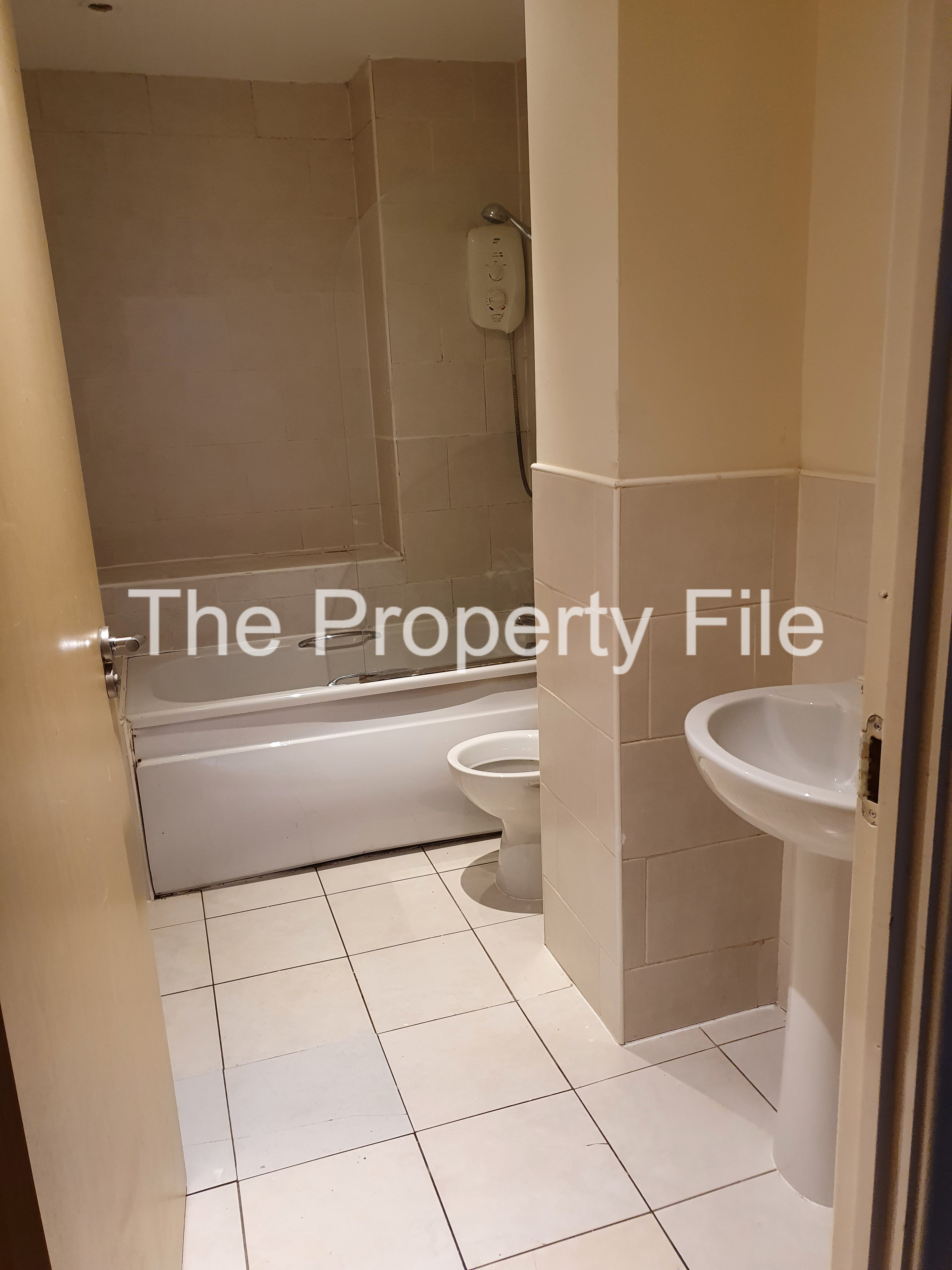 f3 bathroom (1)