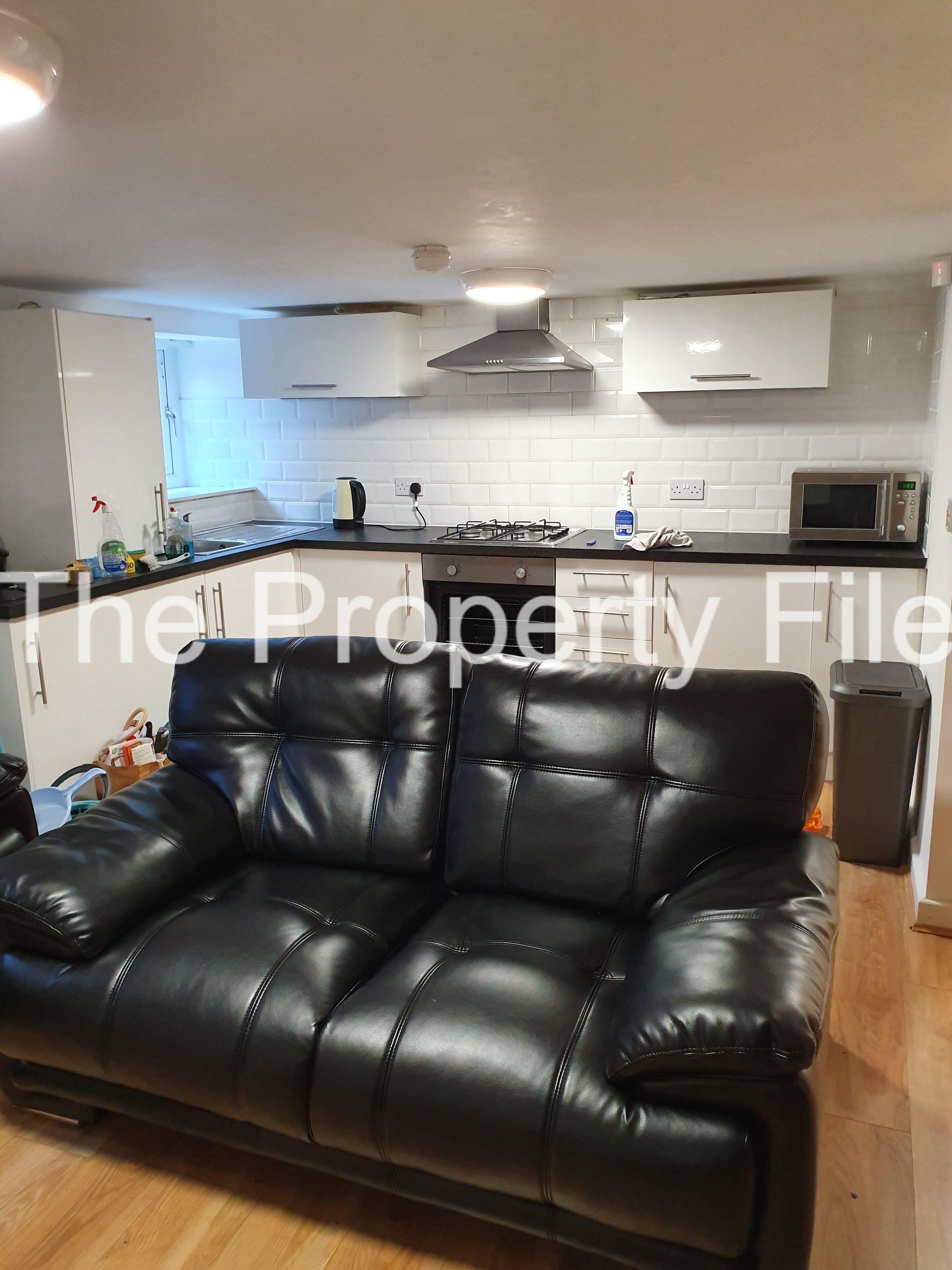 basement sm3 lounge