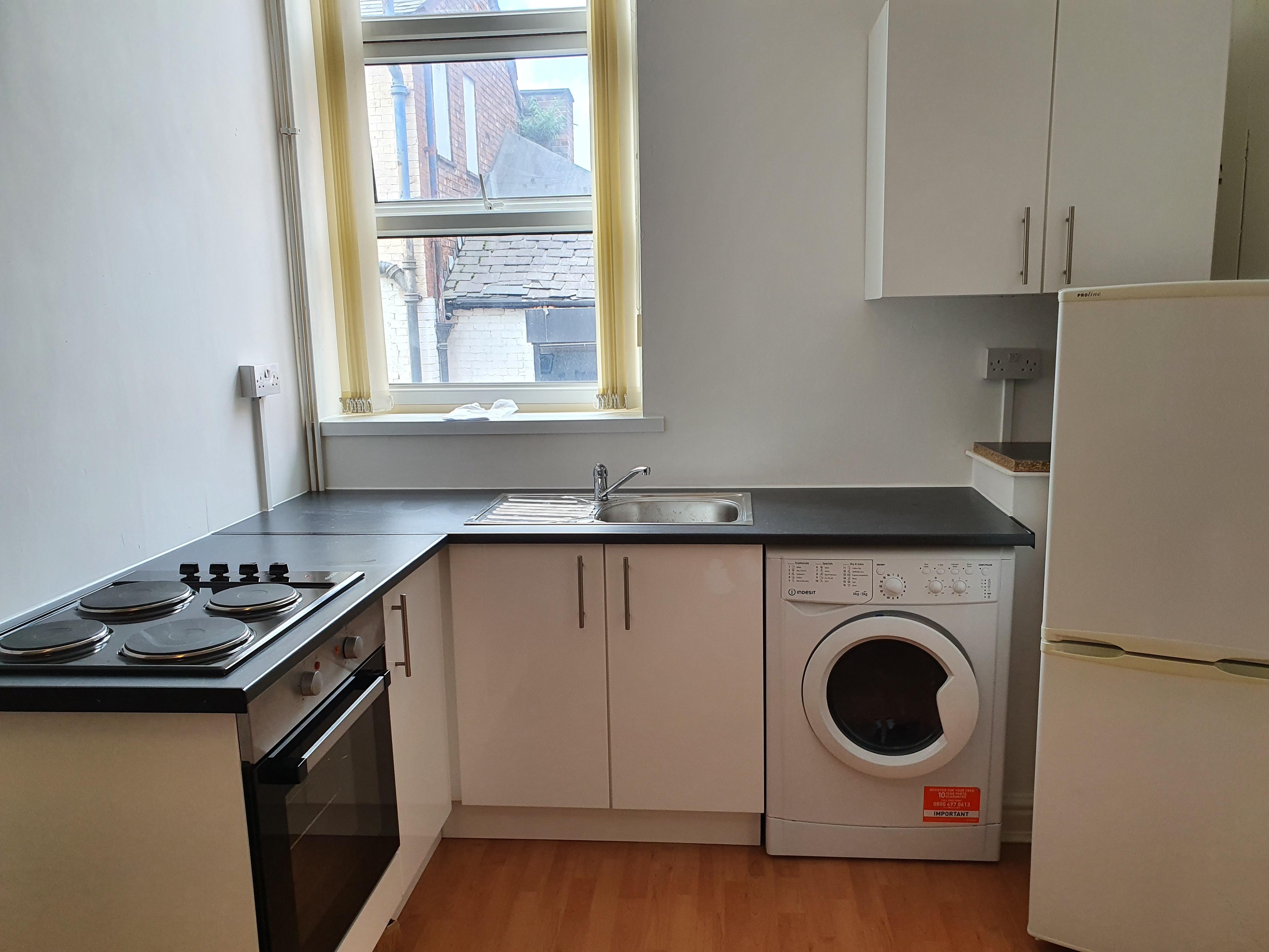 davenport 6 bed room 1 kitchen